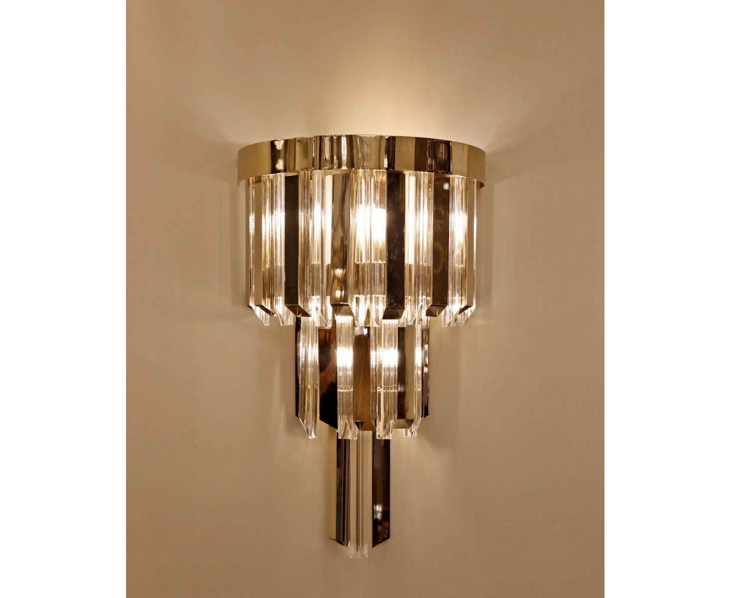 Castro Lighting Skylar Wall Lamp